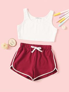 To find out about the Girls Crop Tank Top & Dolphin Hem Shorts Set at SHEIN, part of our latest Girls Two-piece Outfits ready to shop online today! Cute Lazy Outfits, Teenage Outfits, Sporty Outfits, Outfits For Teens, Girls Fashion Clothes, Teen Fashion Outfits, Cute Fashion, Girl Outfits, Cute Pajama Sets