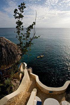 Negril, Jamaica Plan the perfect #Jamaican #Getaway at #LunaSeaInn www.lunaseainn.com