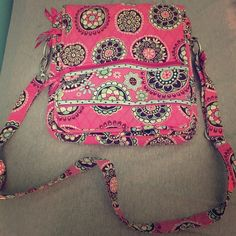 Vera Bradley satchel Pink with green,brown,white, and blue design colors . Only used twice Vera Bradley Bags Satchels
