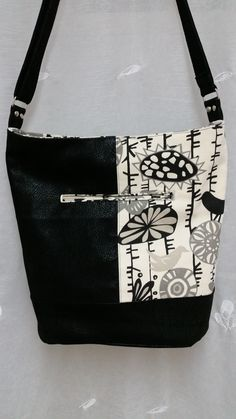 Love my new purse - Bonnie Bucket Bag by Swoon Patterns