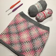 Joined my color pooling piece in the round to make a little girls skirt. Added a grey border and it is finished. Loving it. Hope the little girl loves it too. What do you think? #pinkgirlsskirt #plannedpooling #crochetcolorpooling #colorpooling #ilovecrochet #ilovecrocheting #crochetlover #crochetlove #crochetaddict #hakenisleuk #haken #ganchillo #häkeln #crochet #crocheting #crochetersofinstagram #crochetofinstagram #instacrochet #cloveramour #hema #mixedcotton #hemamixedcotton #phildar…