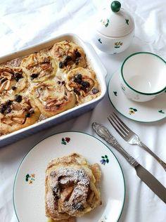 Stollen, Food Decoration, Strudel, Indoor Plants, Tiramisu, French Toast, Bakery, Herbs, Dessert