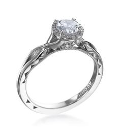 Tacori - Solitaire Collection Platinum And Diamond Twist Setting