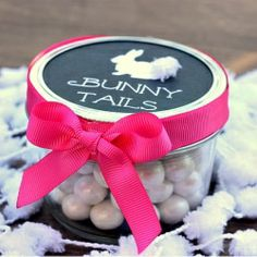 Bunny Tail Mason Jar Easter Treats with adorable free printable.