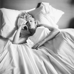 Marilyn wrapped in sheets. Photo by: Milton H. Green