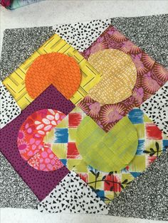Table Runners, Gypsy, Quilting, Blanket, Crafts, Inspiration, Ideas, Scrappy Quilts, Bedspreads