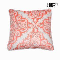 Cuscino 45x45 by Loom In Bloom Loom in Bloom 8,18 € https://shoppaclic.com/cuscini-e-federe/8396-cuscino-45x45-by-loom-in-bloom-7569000715664.html