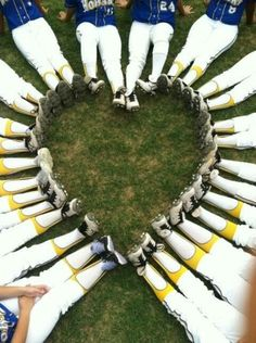 Maybe in a circle and photo shop team info or ball in center. Great idea for a women's softball (or other sports) team! But I would widen out the shot to include their faces as well! Softball Party, Softball Crafts, Girls Softball, Softball Players, Softball Stuff, Softball Shirts, Softball Cheers, Baseball Mom, Softball Rules