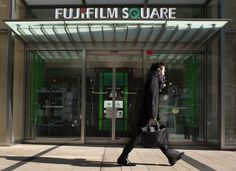 Fujifilm says to cut 10,000 jobs at joint venture with Xerox