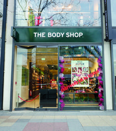 The Body Shop launched a new flagship store in Berlin. #thebodyshop   #berlin #thelocationgroup   #shopopening #storeopening #elocations