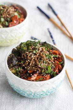 Hoisin Caramelized Salmon and Sesame Soba Noodle Bowls by halfbakedharves #Noodle_Bowl #Salmon #Hoisin