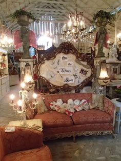 Lovely entrance into Matilda's Mouse Antiques, Feb. event 2013