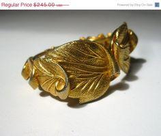 ON SALE Vintage Schiaparelli Gold Tone Leaf Cuff Clamper Bracelet Signed by Sisters2Vintage, $208.25