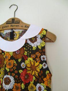 Cutest retro peter pan collar dress