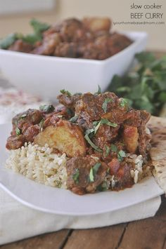 slow cooker beef curry is delicious and full of lots of great flavor - perfect for dinner this week.