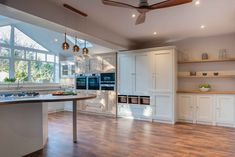 Shere Kitchens - bespoke kitchens handmade in Shere Guildford Surrey Timber Kitchen, Kitchen Flooring, Home Decor Kitchen, New Kitchen, Kitchen Modern, Kitchen Ideas, Kitchen Layout, Kitchen Design, Ikea