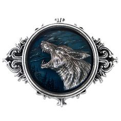 Old English for 'of the wolf '... the children of the night. With translucent enamel. Height : 83mm Width : 105mm Depth : 16mm Weight : 159g
