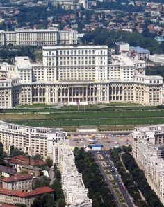 Palace of Parliament, Bucharest Beautiful Castles, Beautiful World, Bulgaria, Countries Europe, Romania Travel, Little Paris, Bucharest Romania, Parks, Beautiful Places To Visit
