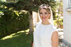 PILAR | Maquillaje y peinado de novia Eva Pellejero | Tocado y vestido Cruz Temprado | Balcon de Alicia | Fotografia Javier Rioja