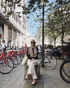 Korean Outfit Street Styles, Korean Outfits, Hijab Fashion, Korean Fashion, Fashion Outfits, Casual Hijab Outfit, Casual Outfits, Style Hijab Simple, Moslem Fashion