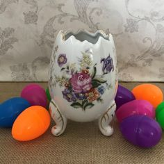 Porcelain Cracked Egg Vase, Flower Vase, Planter, Footed Flower Vase, Made in Japan, Asian Decor, Easter Gift