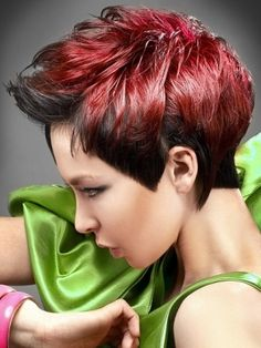 Since pixie haircut is very popular among women why not change a bit of your pixie cut? In this post you will find Short Funky Pixie Hairstyle that make you Funky Pixie Cut, Superkurzer Pixie, Messy Pixie, Short Pixie, Red Hair Color, Cool Hair Color, Red Color, Funky Hairstyles, Hairstyles Haircuts
