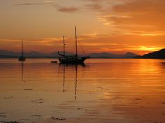 Sunset, Montague Harbour, Galiano Island. Photo by Ann Crandall, Vancouver, BC.