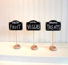 4 Mini Chalkboard Table Stands-FARMERS MARKET Collection-Buffet Labels, Chalkboard Signs, Wedding Chalkboards, Chalkboard Label Stands