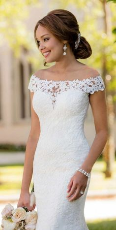 Stella York Wedding Dresses - Search our photo gallery for pictures of wedding dresses by Stella York. Find the perfect dress with recent Stella York photos. Tule Wedding Dress, Perfect Wedding Dress, Dream Wedding Dresses, Designer Wedding Dresses, Bridal Dresses, Wedding Gowns, Bridesmaid Dresses, Lace Wedding, Wedding Blog