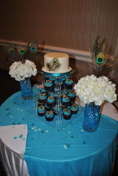 Peacock bridal shower -what I've been looking for! Peacock cake & cuppy cakes thanks sis Peacock Cupcakes, Peacock Cake, Peacock Decor, Peacock Theme, Wedding Reception, Our Wedding, Destination Wedding, Dream Wedding, Wedding Ideas