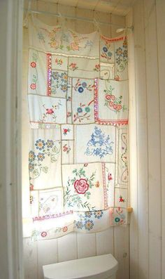 Beautiful curtain from old tablecloths and doileys