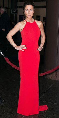RHONA MITRA in a cherry-red floor-grazing halter dress and Jennifer Fisher jewels. Celebrity Red Carpet, Celebrity Style, Celebrity Women, Fashion Fail, Star Fashion, Tousled Bob, Rhona Mitra, Red Floor, Freida Pinto