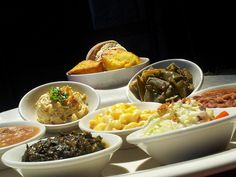Mouthwatering wedding reception meal sides by Knoxville wedding caterer Dead End BBQ. Featured by The Pink Bride www.thepinkbride.com {Mouthwatering Sides for Your Wedding Reception Meal}