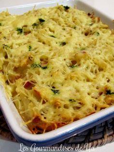 Gratin de pâtes, allumettes et béchamel au beurre d'escargots