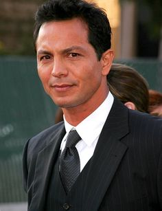 Benjamin Bratt.  (Looks like someone I used to know...a long time ago. sigh.)