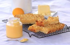 Lemon Curd Slice with Homemade Lemon Curd via @sugarsaltmagic
