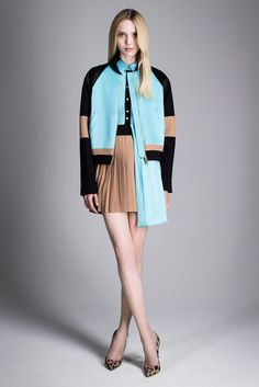 See the complete Fausto Puglisi Resort 2015 collection.
