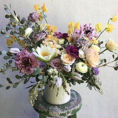 Splendor in the Workshop🌱. #happyflorist #flowers #deliveries #awardsseason #flowermagic #thepetalworkshop #YourDayJustGotGreat