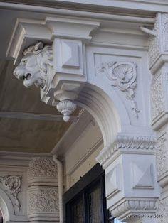 Renaissance Architecture, Baroque Architecture, Classic Architecture, Facade Architecture, Bungalow House Design, House Front Design, Cornice Design, Pillar Design, Classic House Design