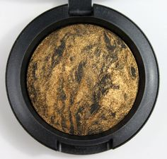 mac semi precious collection - eyeshadow in golden gaze... so pretty, I want the dupe!