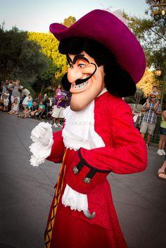 Captain Hook Disney, Captain Hook Peter Pan, Disney Villains, Disney Characters, Peter Pan And Tinkerbell, Disneyland California, Disney Parks, Vacations, Wallpaper