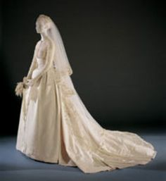 Princess Grace of Monaco's wedding dress