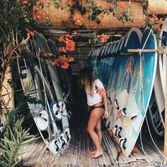 Barbados Surfing conditions are ideal for any level of surfer. Barbados is almost guaranteed to have surf somewhere on any given day of the year. Summer Vibes, Beach Vibes, Summer Feeling, Style Surfer, Surf Style, Summer Goals, Summer Of Love, Summer Sun, Vans Surf