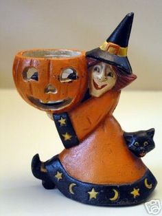 Cast Iron Candle Holder/Door Stop You are bidding on a Halloween Cast Witch Candle Holder, Door Stop in Very Good Condition. Halloween Cast, Halloween Candles, Retro Halloween, Cat Candle, Cat And Jack, Door Stop, Cast Iron, Creepy, Witch
