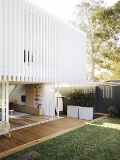 Worker's House by Clayton Orszaczky   Australian Interiors   est living Exterior Design, Interior And Exterior, Architects Sydney, Casa Patio, Modern Cottage, Facade House, House Facades, Cabana, Interior Architecture