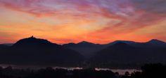 Siebengebirge Panorama Sonnenaufgang Drachenfels