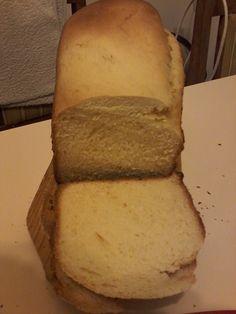 Süti és más...Kalács kenyérsütő gépben sütve Kenya, Cornbread, Ethnic Recipes, Food, Millet Bread, Essen, Meals, Yemek, Corn Bread