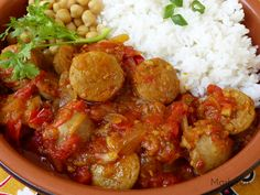 Marlyzen, cuisine revisitée: Rougail saucisse Hash Brown Casserole, Breakfast Casserole, Mauritian Food, Ravioli Casserole, Wok, Chana Masala, Crockpot, Curry, Food And Drink