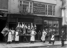 The Face of Shrewsburys Trade: Amazing Vintage Photographs Captured Shropshire Shop Fronts in 1888 - retro pin Boutique San Francisco, Garage Extension, Shop Fronts, Old London, Shop Plans, Vintage Pictures, Old Photos, Antique Photos, Rare Photos