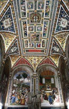 Siena Duomo (Siena Cathedral) - Siena, Italy. Pinturicchio's splendid ceiling and frescoes of the Libreria Piccolomini.